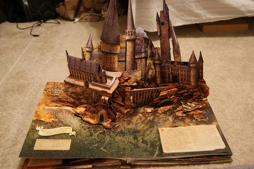Book-castle-harry-potter-hogwarts-favim.com-203034_large