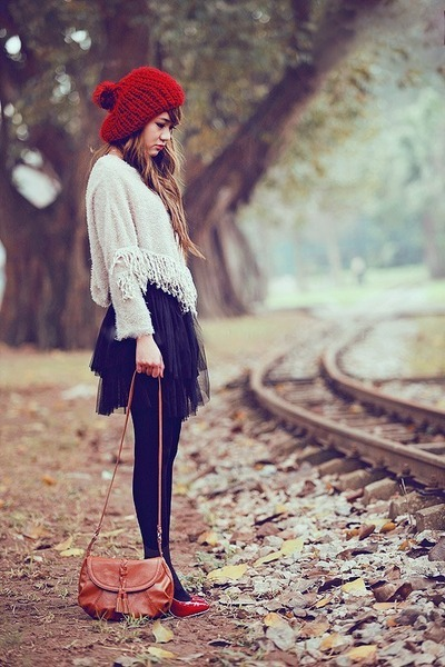 Fashion is my life ruby-red-sweater-hat