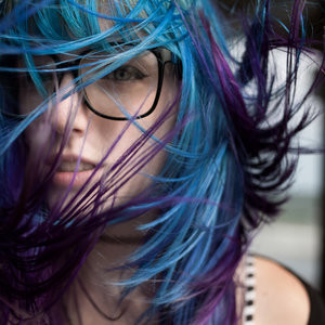 Eye,candy,fashion,girls,pretty,windy,blue,hair-420e45fe204457db5d38a963ff8d9e2c_h_large