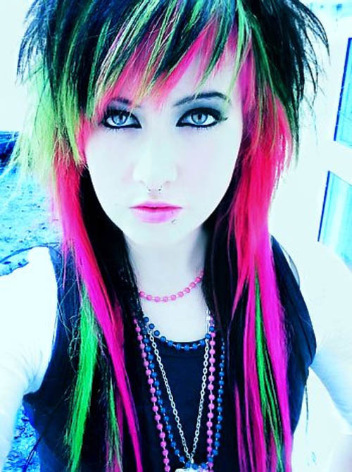 Emo-girl-hairstyles-2_large