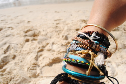 Beach-bracelets-fun-summer-sun-favim.com-214089_large
