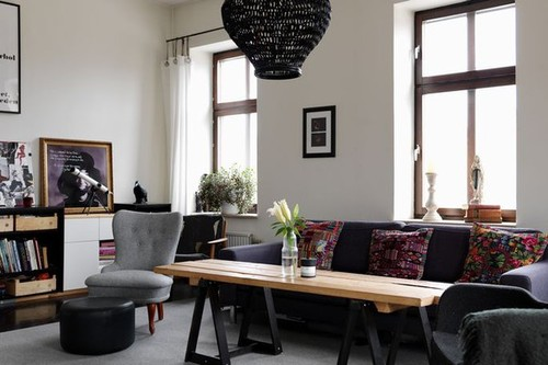 Unidentified Lifestyle by Maria Matiopoulou: House tour : A fashionista's apartment