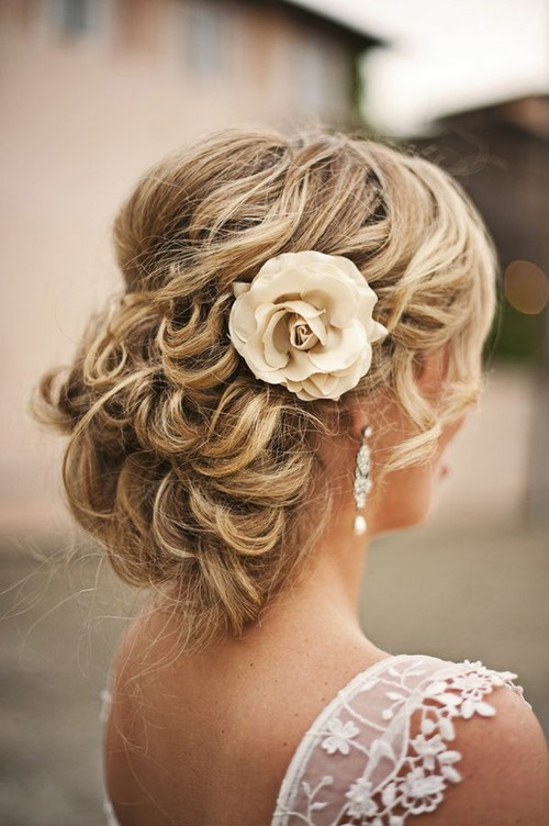Wedding Ideas/ Inspiration <3 / cute!!