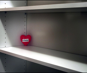shelf heart