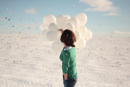 Balloons-fashion-photography-sky-white-favim.com-216881_large