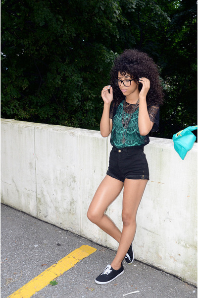 Black-american-apparel-shirt-aquamarine-american-apparel-purse_400_large