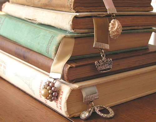 Pretty-books-bookmarks_large