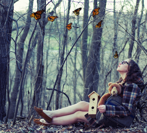 Alone-autumn-bear-beauty-brown-hair-favim.com-217961_large