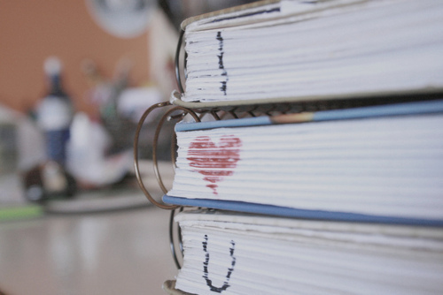 Books-heart-love-markers-school-favim.com-218235_large