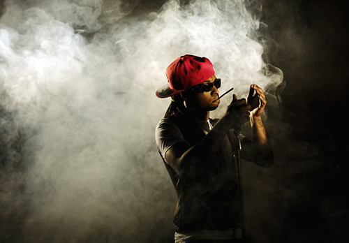 Lil-wayne-wallpaper-smoke_only_pic1_large