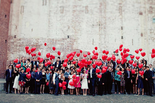 Red-heart-wedding-balloons_large