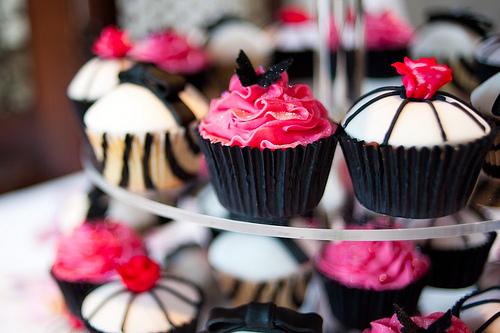 Cupcake-cupcakes-cute-love-pink-favim.com-220908_large