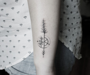 minimalistic tatto