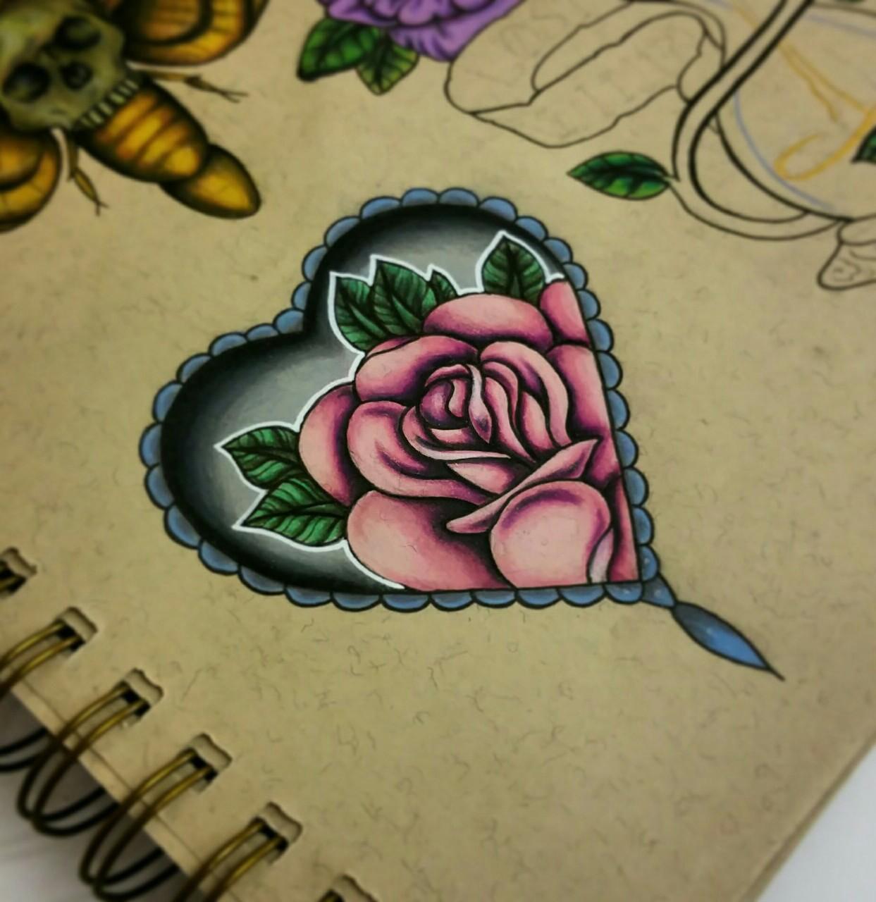 Татуировка сердце цветок фото