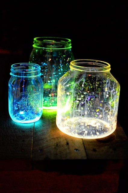 Beautiful-diy-glow-jars-184702-425-638_large