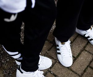 hot sale online b54c2 a119f adidas superstar couple shoes