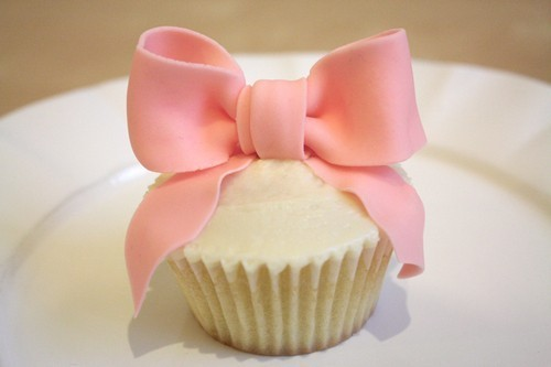 Adorable-cupcake-185339-500-333_large