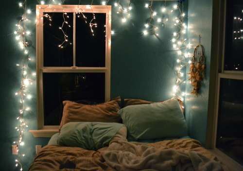 String White Lights Bedroom : Blissful Christmas Gracefullee Made