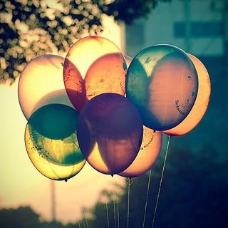 Balloons,colours,light,photography-57bf34abcb78fd07223ab6415b2c5cc2_i_large