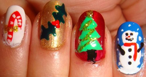 1311784337_christmas-nail-art-designs-4_large
