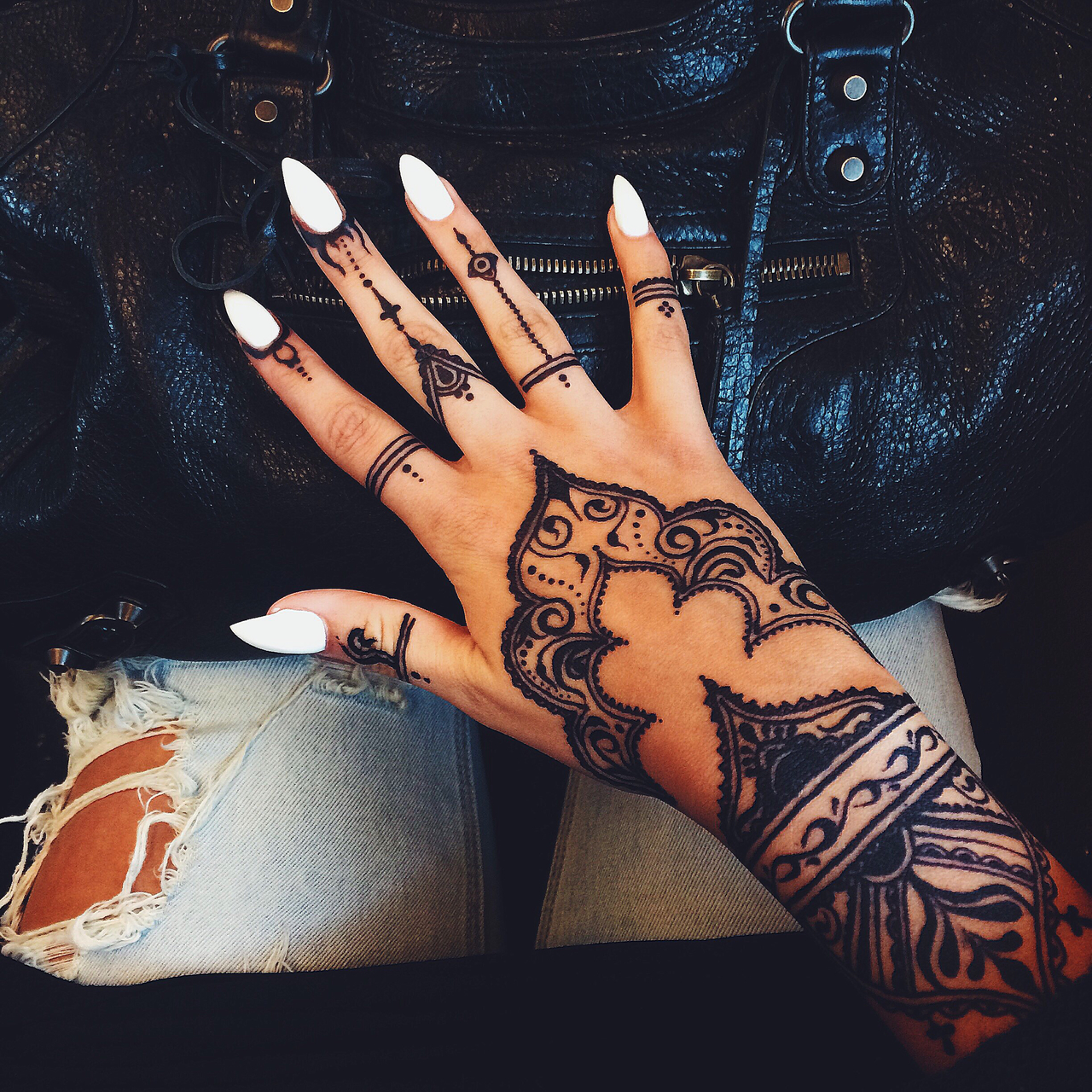 Henna Tattoo Quotes Tumblr : Girl fashion and summer image on we heart it