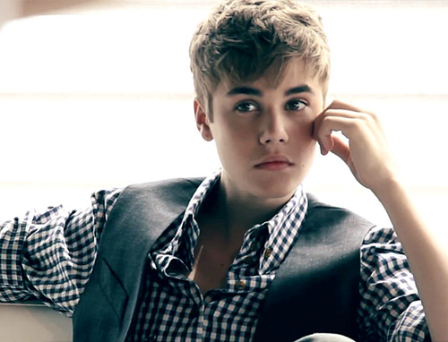 Justin-bieber-beauty-book_large