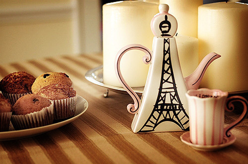 coffee cookies cute eiffel tower food photo DutchyDaphneDenninghoff's photos - Buzznet