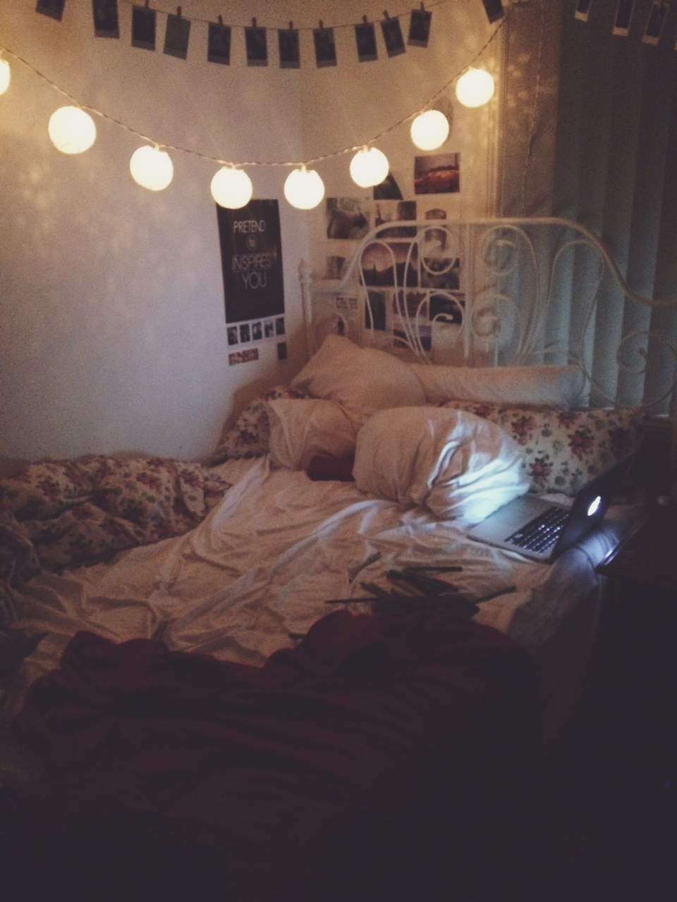 Tags for this image include room light bedroom tumblr and grunge - 78 Images About Tumblr Grunge Rooms On We Heart It See More About Room Bedroom And Bed
