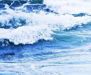 Waves | via Tumblr