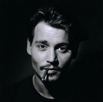 Wyniki Szukania w Grafice Google dla http://media.onsugar.com/files/2011/01/03/1/1331/13311615/1f/Johnny_depp-cute.jpg