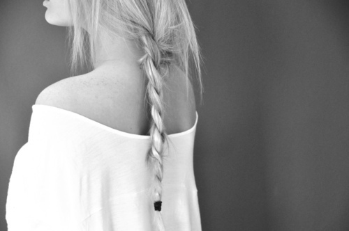 Black-and-white-blonde-girl-hair-photography-favim.com-229268_large