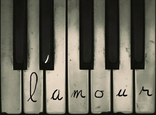 Images-noir-blanc-piano-img_large