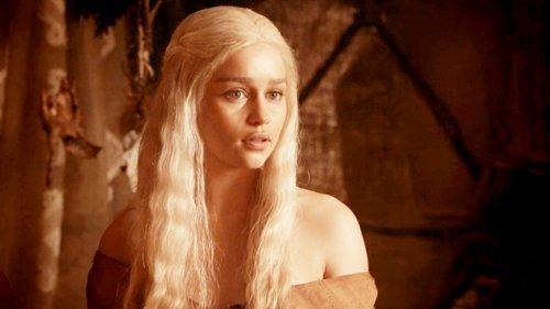 Beautiful-blonde-daenerys-daenerys-targaryen-emilia-clarke-favim.com-217210_large