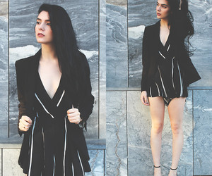 Melany Valencia | LOOKBOOK