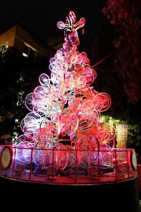 Bikes-christmas-tree-25_large