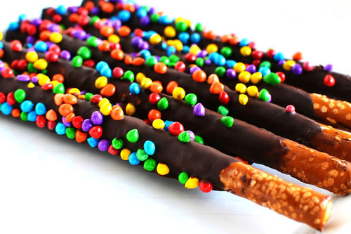 Chocolate Pretzel Rods DIY Wedding Favors Intimate Weddings Small