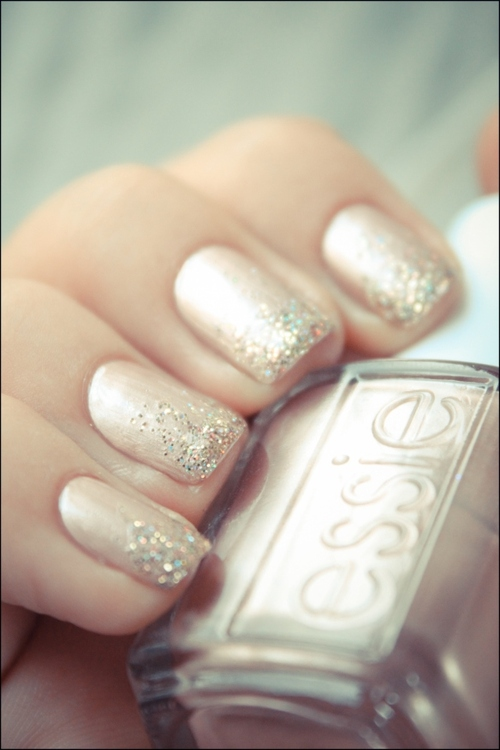 Essie_buy-me-a-cameo-1_large