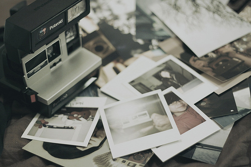 Camera-photography-pictures-polaroid-vintage-favim.com-184469_large