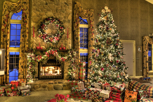 Christmas_family_room_hdr_by_dreamingindigital-d2g4o5x_large