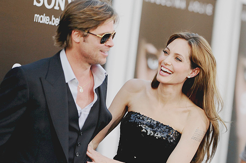 Angelina-jolie-beauty-brad-pitt-couple-red-carpet-favim.com-141269_large