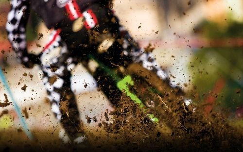 Bicycle-dirt-racing_large