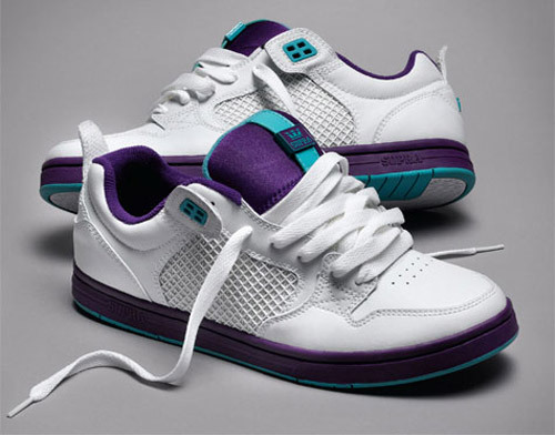 Supra-cruzier-grapes-2_large
