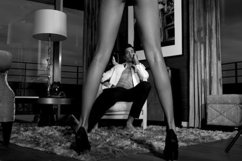 Amazing-bampw-black-and-white-couple-high-heel-favim.com-247313_large