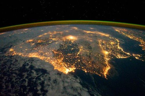 Space176-iberian-peninsula-at-night_46324_600x450_large