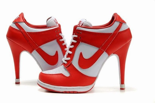 Womens-nike-dunk-sb-low-red-white-heels_large