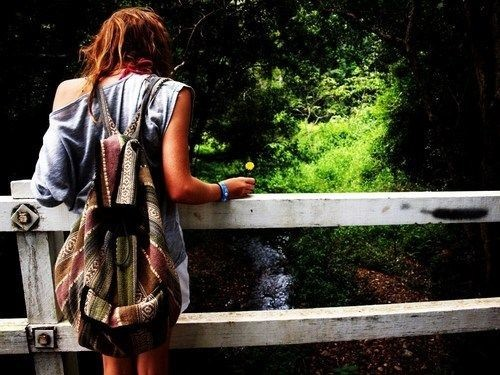 Random,fashion,girl,nature,photo,bag-2f96922df6a77d396b05ffd935b3b55a_h_large