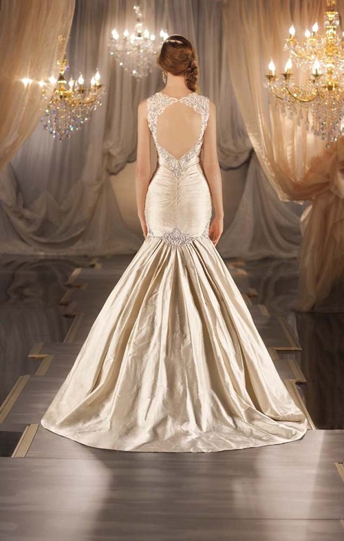 Wedding-dress-back_large