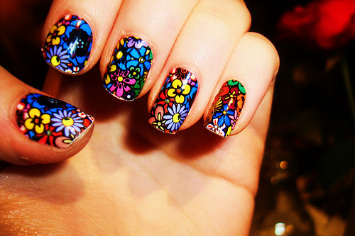 Colorful-nail-art_large_large