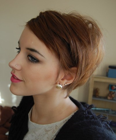 Hairstyles-for-short-hair-2012_large