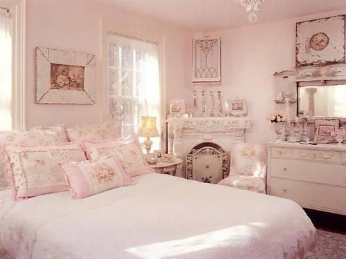 Rms-vintagerosecollection_shabby-chic-pink-bedroom-feminine-floral_s4x3_lg_large